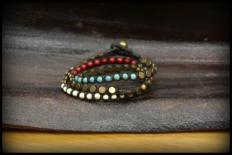 Bracelets pierres, bois, perles
